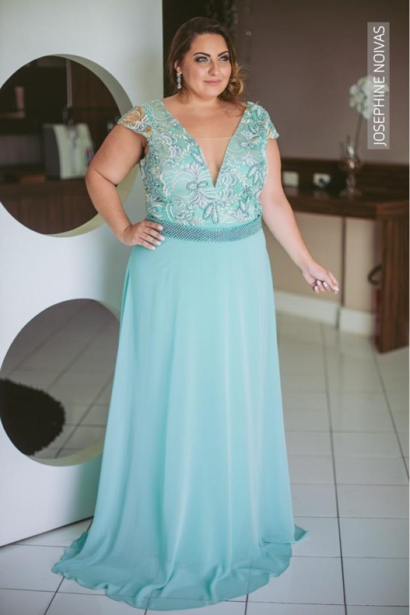 Vestido de Festa Plus Size – Azul Tiffany com bordados