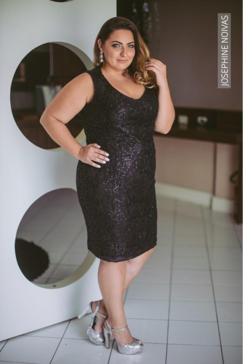 Vestido de Festa Plus Size – Curto Preto