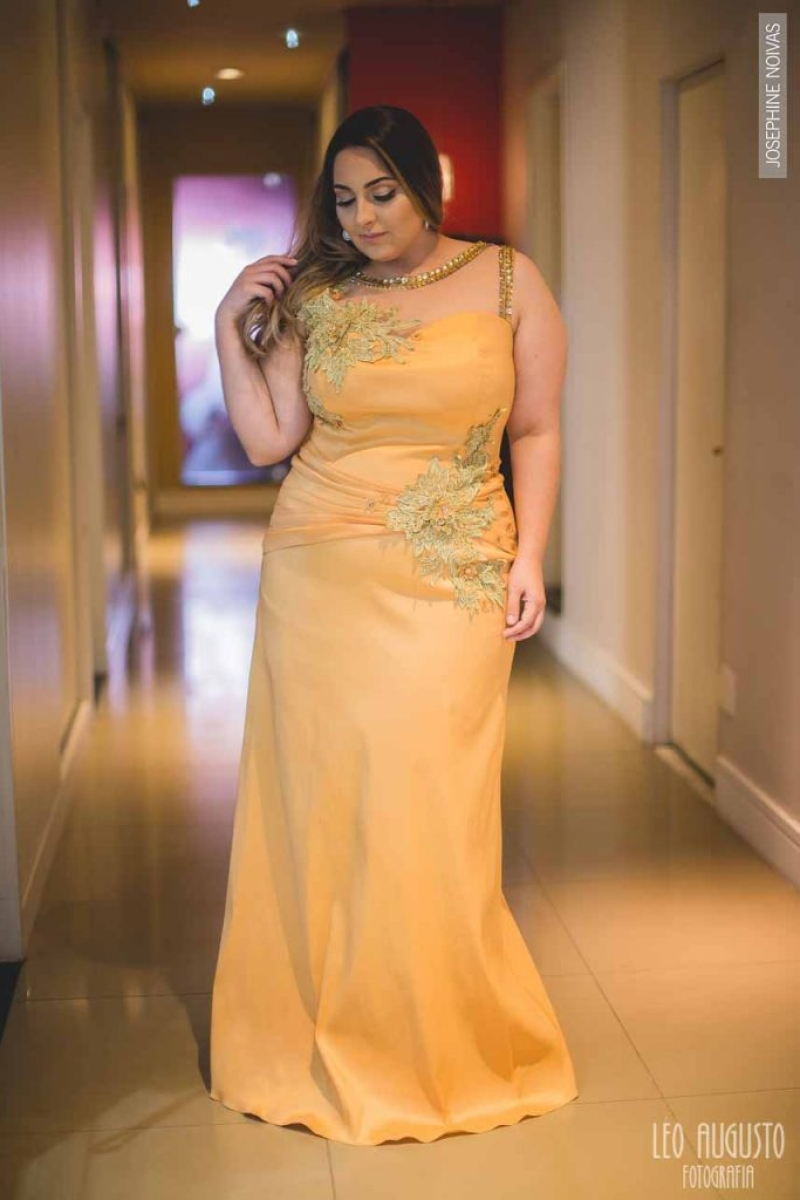 Vestido de Festa Plus Size – Amarelo