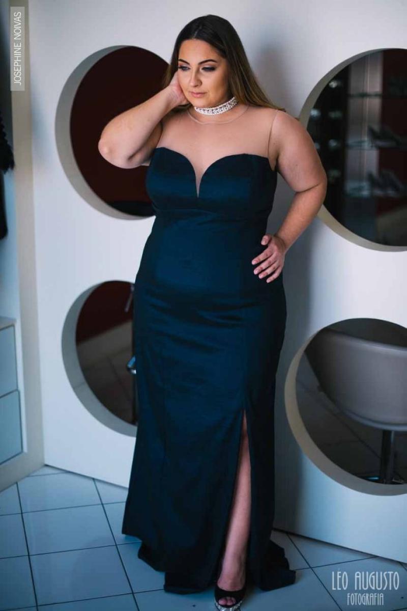 Vestido de Festa Plus Size – Azul Marinho
