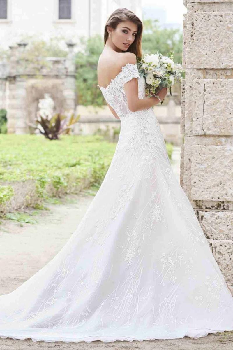 Vestido de Noiva – Princesa Ombro a Ombro