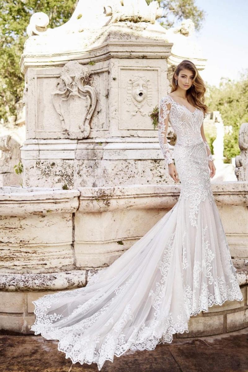 Vestido de Noiva Sereia mangas longas de rendas e transparência
