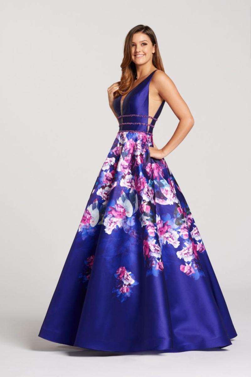 Vestido de Festa – Modelo princesa saia com fundo roxo e estampa de flores