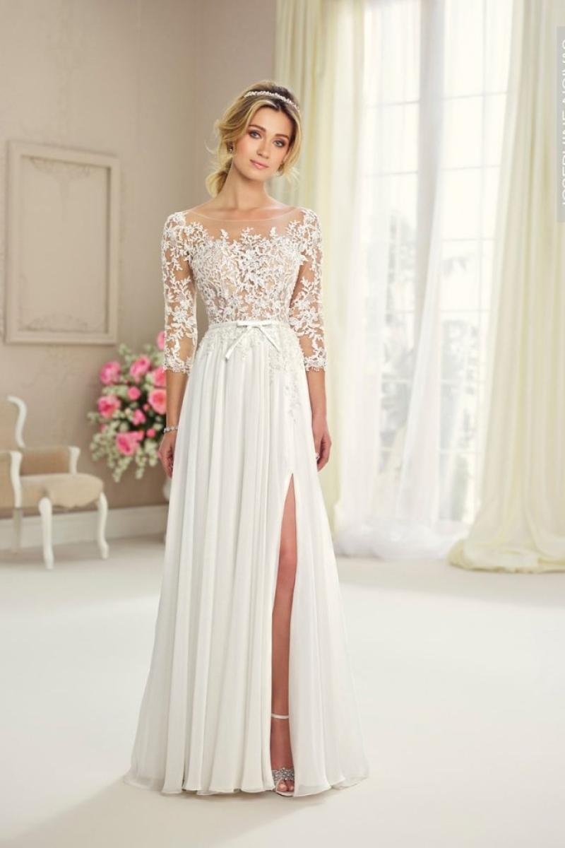 Vestido de Noiva – Corpo bordado e Saia Fluida