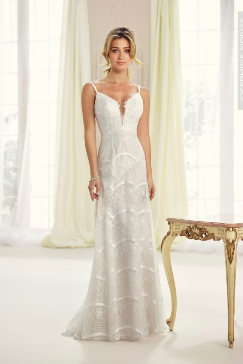 Vestido de Noiva – Corte Reto de Rendas