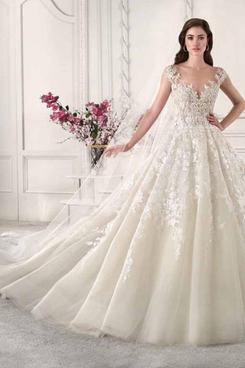 Vestido de Noiva – Princesa com Transparências