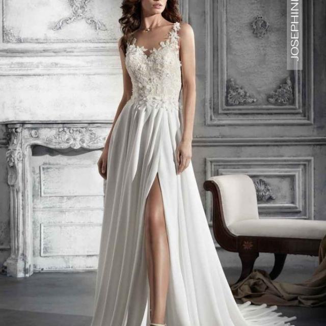 Vestido de Noiva – Semi sereia com fenda na perna