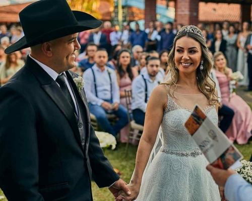 Casamento no campo cheio de charme e estilo | Paula & Henrique