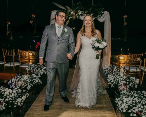 Alegria e paixão neste lindo casamento | Juliana & Junior