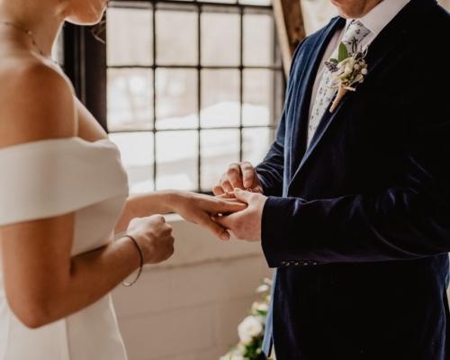 Vai casar? Conheça as tendência para casamentos em 2020!