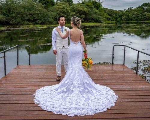 Casamento ao ar livre em clima de romance e descontração | Lu & Japa