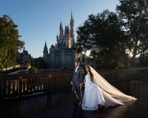Casamento na Disney realiza sonho do casal Bruna e Matt