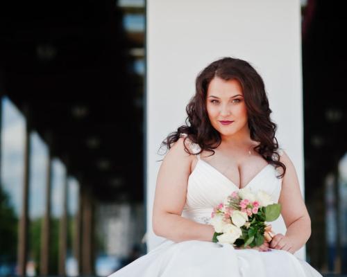 Inspirações para o seu vestido de noiva plus size