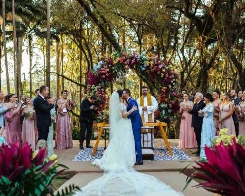 Você sabe qual é a ordem de entrada em um casamento?