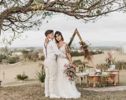 Elopement Wedding: Momento único e intimista marcou o casamento dos noivos Heloisa e Matheus.