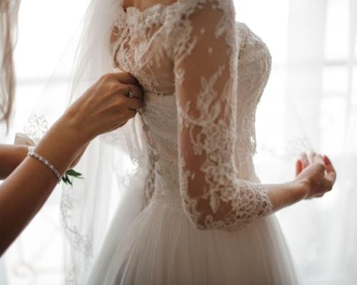 Antes de dizer o 'sim' para o seu vestido de noiva, faça um questionário para o seu estilista, tire todas as dúvidas para fazer uma escolha segura!