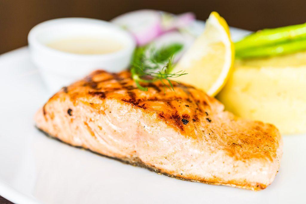 prefira alimentos ricos em omega 3